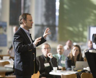 Tips Meningkatkan Kemampuan Publik Speaking